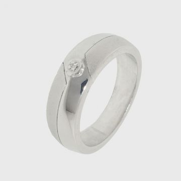 Silver ring 925 with diamond